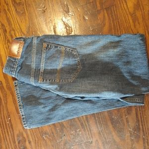 Lee. dark Wash Jeans Relaxed Bootcut Size 30x32